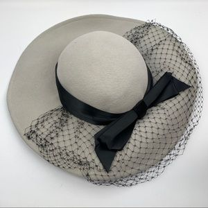 1960's BETMAR grey wool hat with black netting
